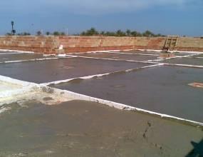 Colegio British College La Cañada (Paterna-Valencia). Bombeo de hormigón celular para aislamiento térmico y posterior impermeabilización